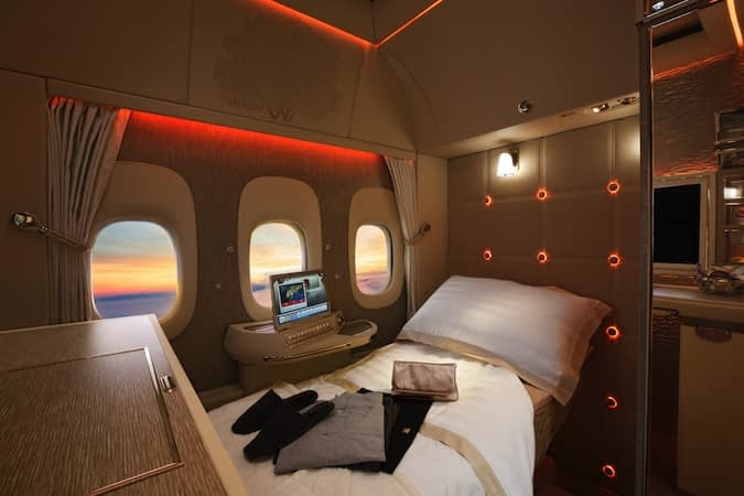 Emirates Airlines First Class: bed