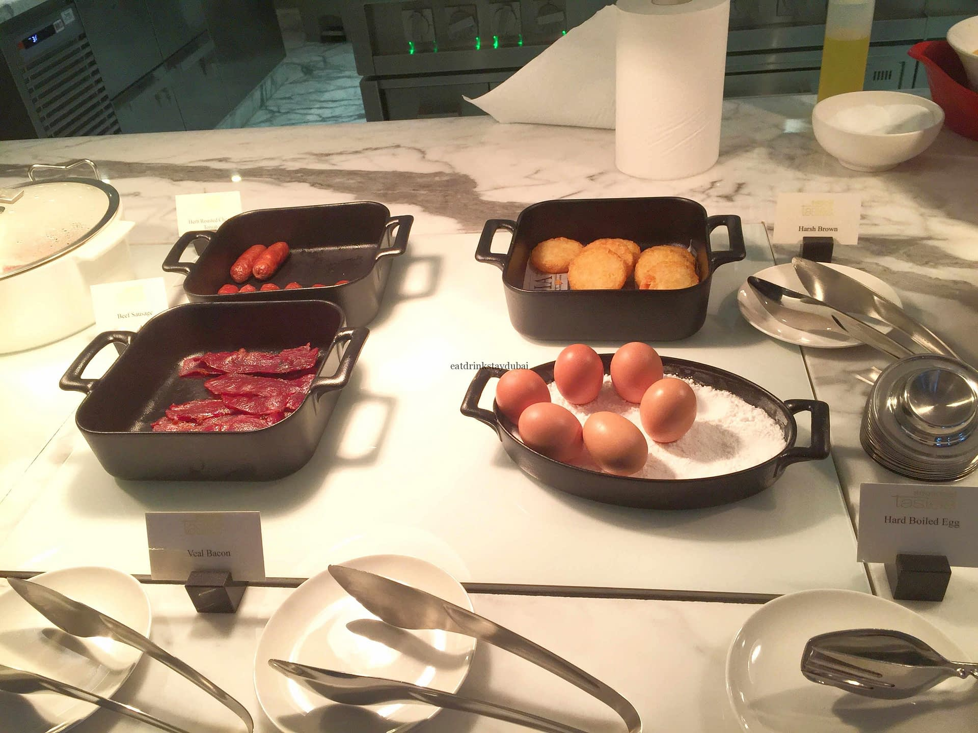 seasonal-tastes-westin-dubai-ahc-breakfast-g_veal-bacon-beef-sausage